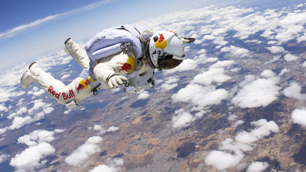 Red-Bull-Stratos-Felix-Baumgartner-Latest-Testing-11