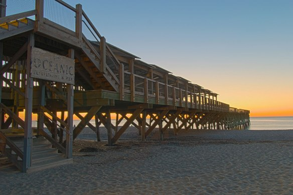oceanic pier